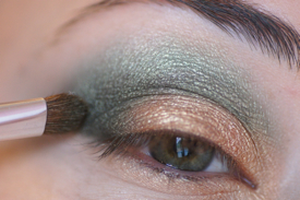 tuto maquillage yeux indienne or dore