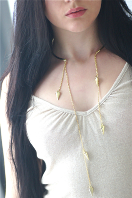 collier chaine pics piques or dore jonc