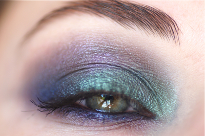 make up yeux colorfull